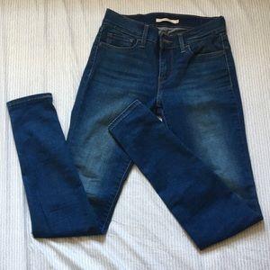 710 Super Skinny Levi's Jeans W27 L32